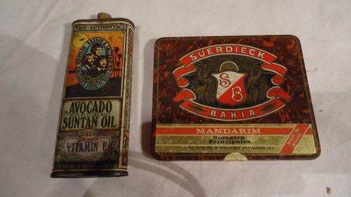 duas latas antigas de coleção