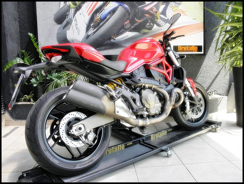 ducati monster 821 abs 2015 vermelha