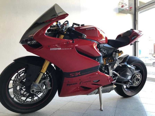 ducati panigale 1199 v2 s- permuto africa twin crf 1000