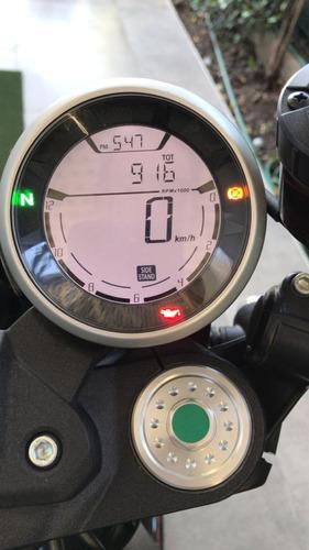 ducati scrambler cafe racer 2018 800 cc.