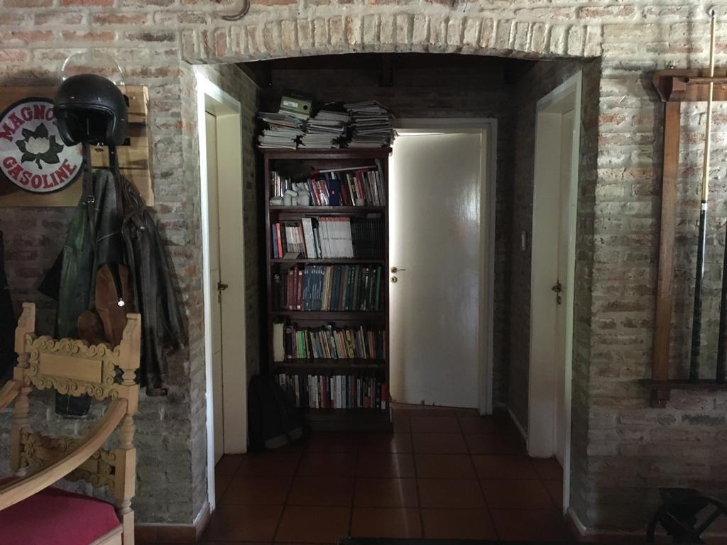 dueña vende casa 4 ambientes 3 baños con pileta