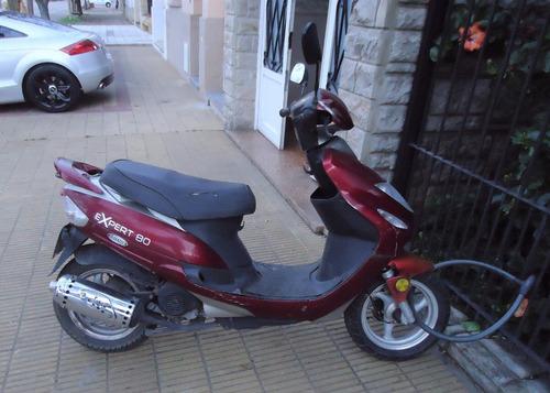 dueño 1 mano vende scooter corver expert 80 con solo 21000km