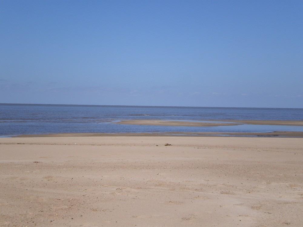 dueño alquila a mts. de la playa, excelente loft  santa ana