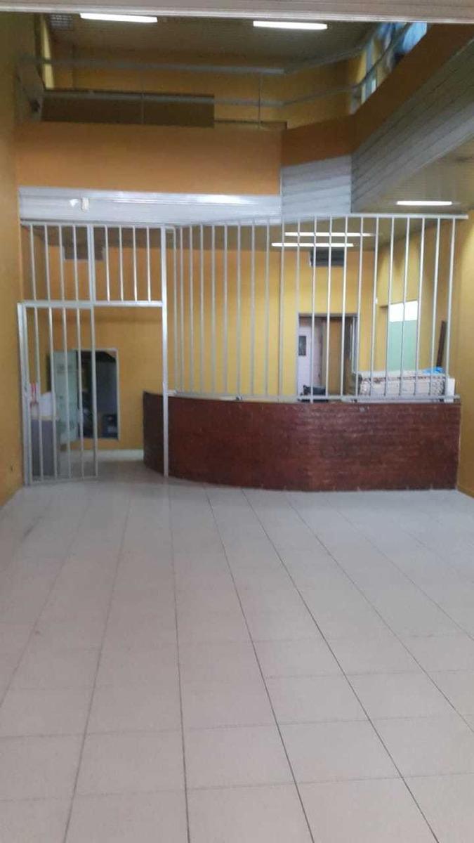 dueño alquila/vende galpon + local de venta y oficinas lanus