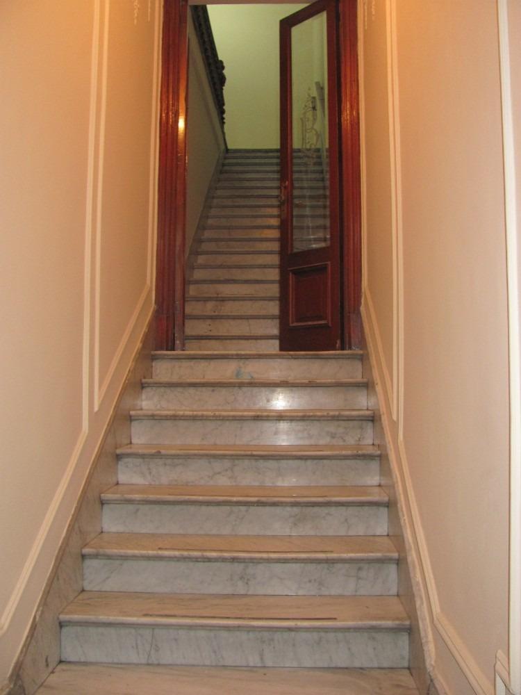 dueño- casa al frente,entrada indepen. ideal oficina/estudio