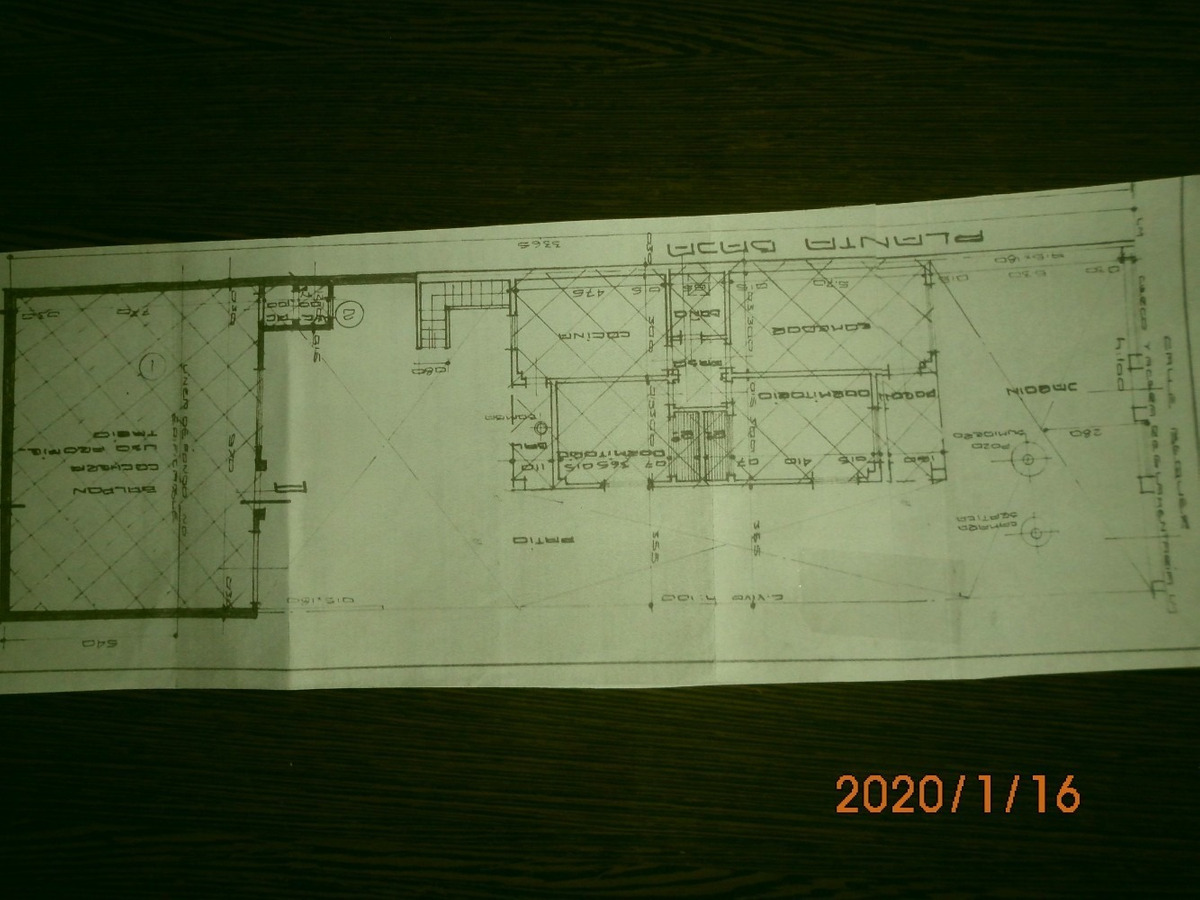 dueño directo 3 ambientes con cochera y amplio galpón