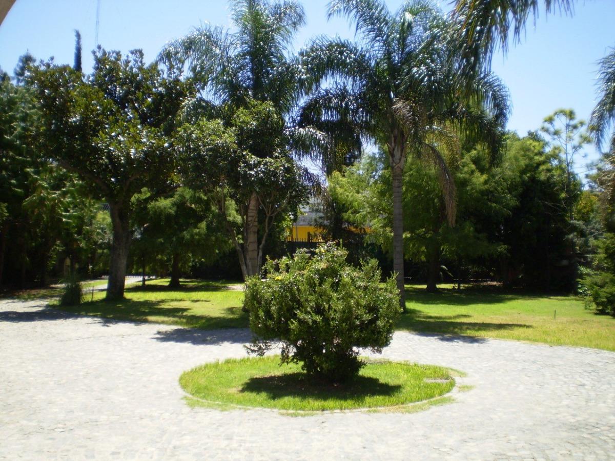 dueño directo lote en ramos mejia  3700 m2