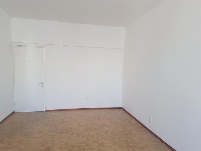 dueño vende apartamento 2 dormitorios en el centro impecable