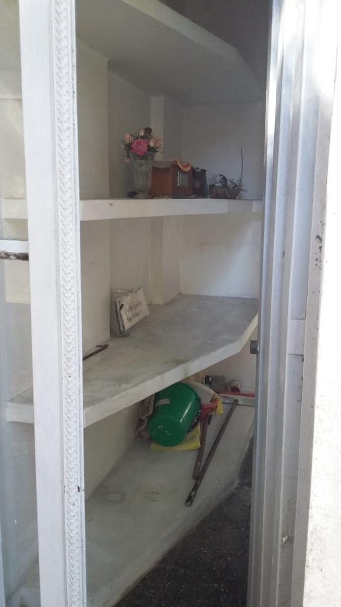 dueño vende bòveda cementerio rafael calzada