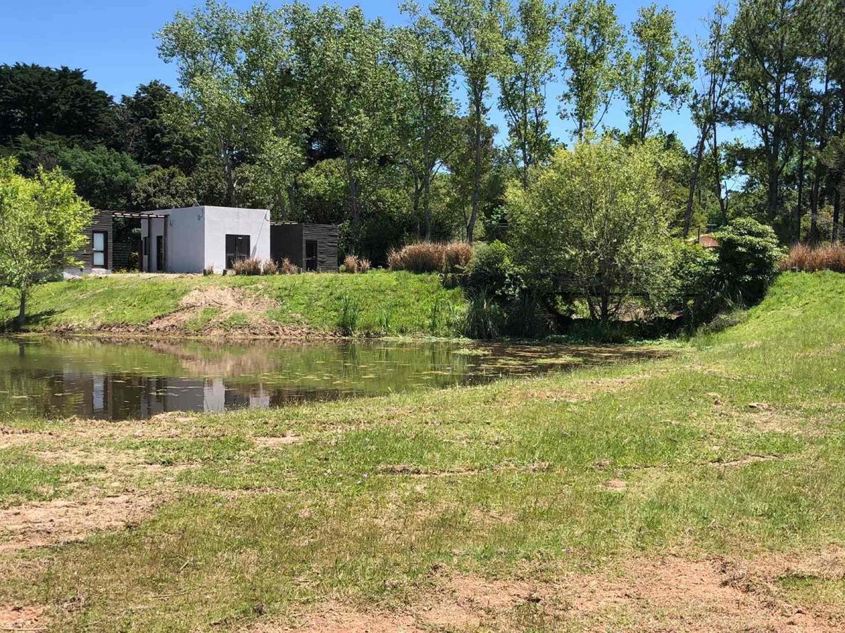 dueño vende casa 3 dorm barrio privado verde mora