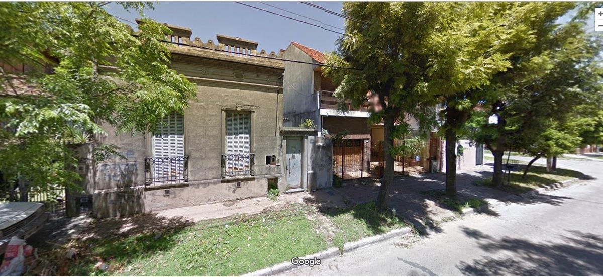 dueño vende casa a reciclar- muy buena ubicación- bernal o.