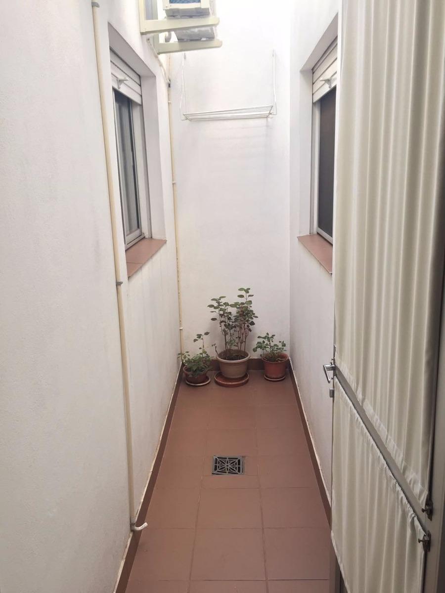 dueño vende casa muy cómoda y reciclada a nuevo