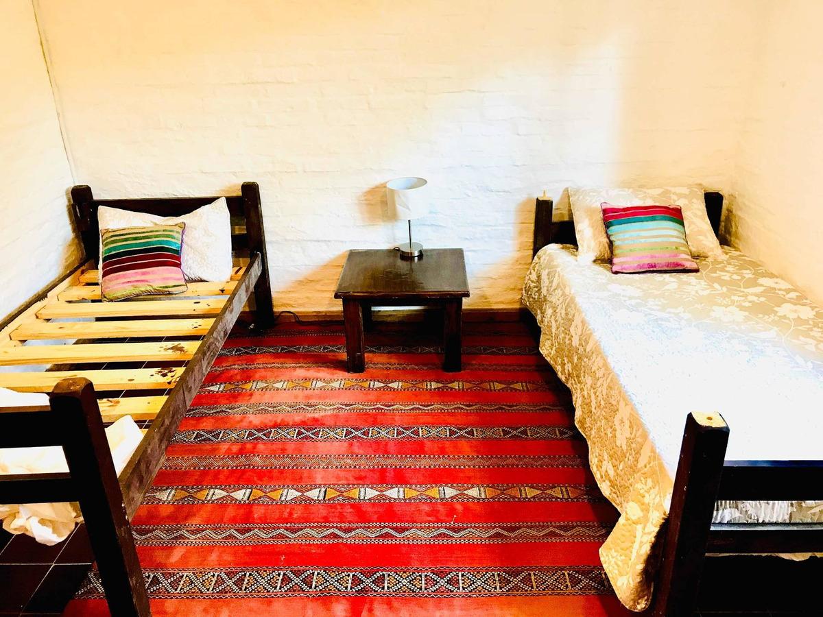 dueño vende casa quinta - 1.898m2 calle ppal.- la pedrera -
