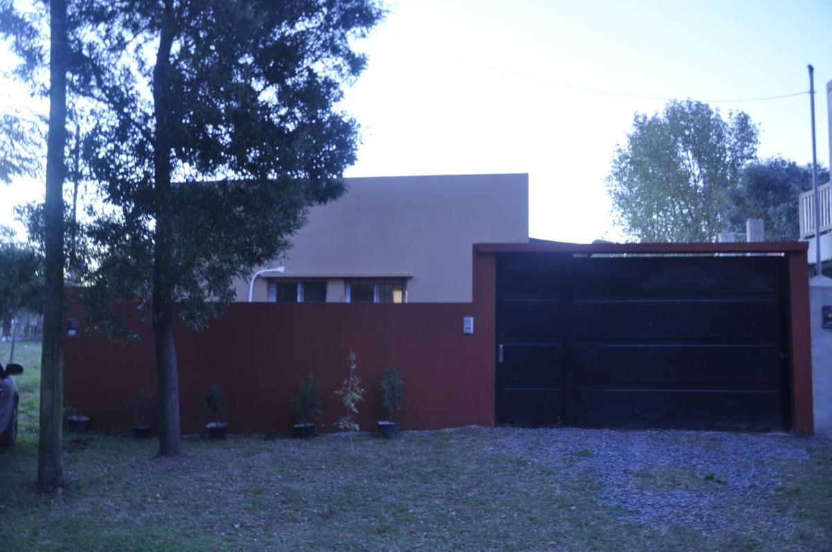 dueño vende casa quinta en pilar 3 amb+ galeria con parrila