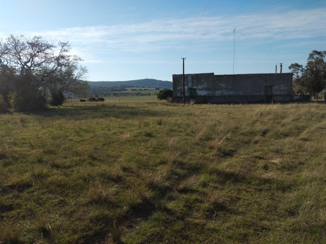 dueño vende chacra de 7 hectáreas cerca de pueblo edén
