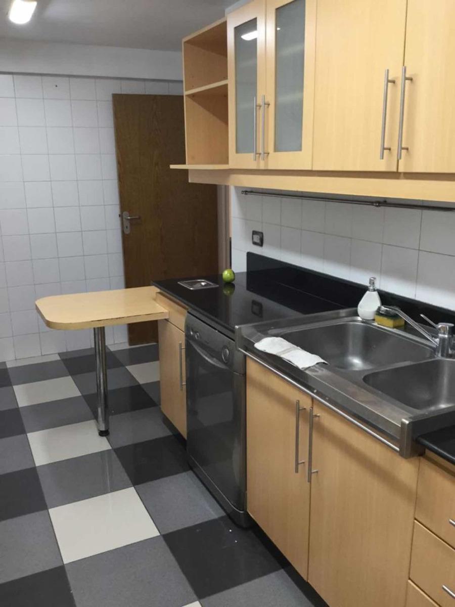 dueño vende depto 4 ambientes y 3 baños más dependencias