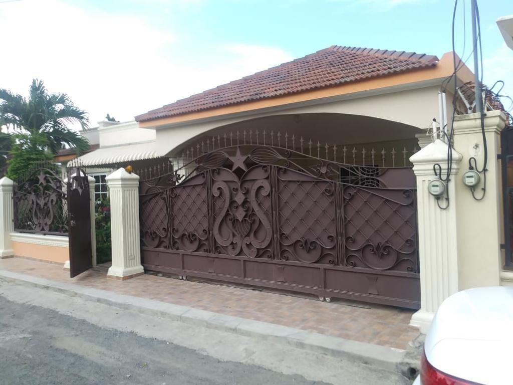 dueño vende excelente casa