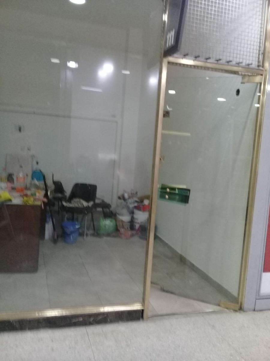 dueño vende local en belgrano en galeria las vegas local 111