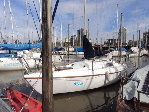 dueño vende velero 26 pies completo con mercury 15 hp 4 t fb