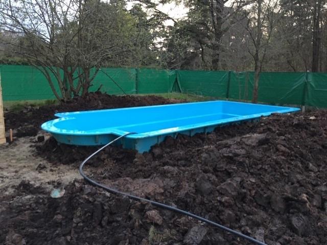 dueño vendo terreno con piscina y mejoras en la reja moreno