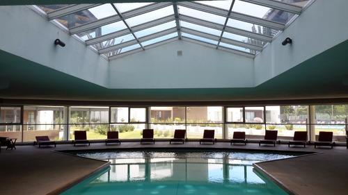 dueño,exclusivo edificio 5 estrellas,balcon,vista 180 grados