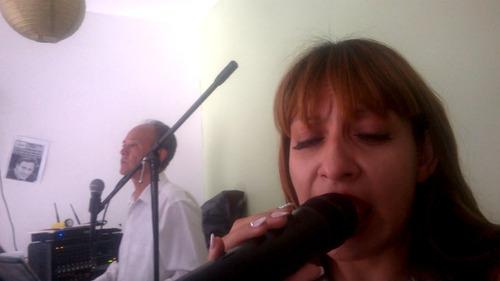 dueto de música versatíl