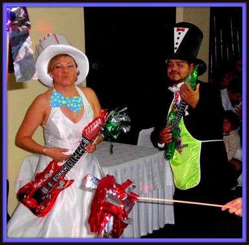 dueto o trío versátil para fiestas, dj, tecladista, karaoke