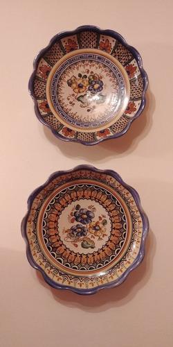 duo de platos de talavera sellada