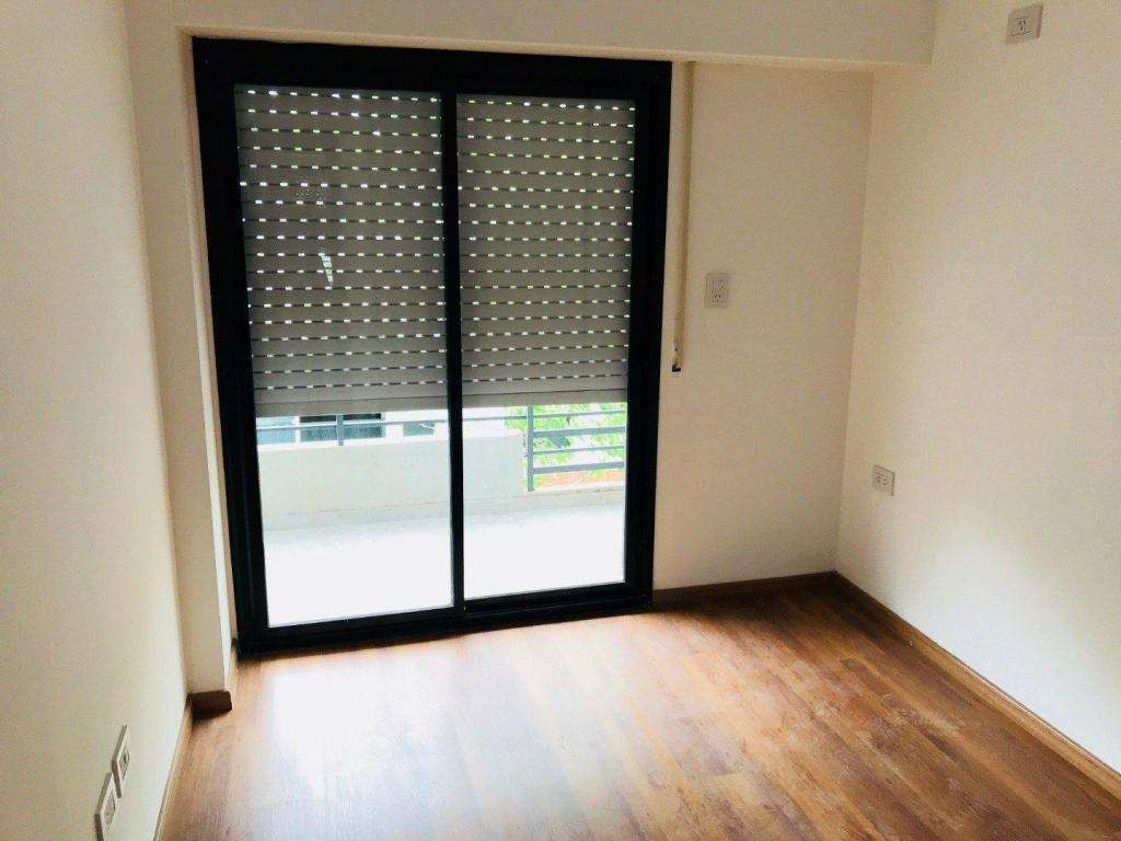 duplex 1 dormitorio con patio // financiado / entrega 2020