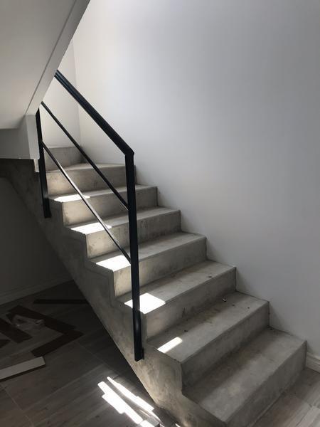 duplex 2 ambientes a estrenar, en venta en pilar, excelente acceso, sin expensas.