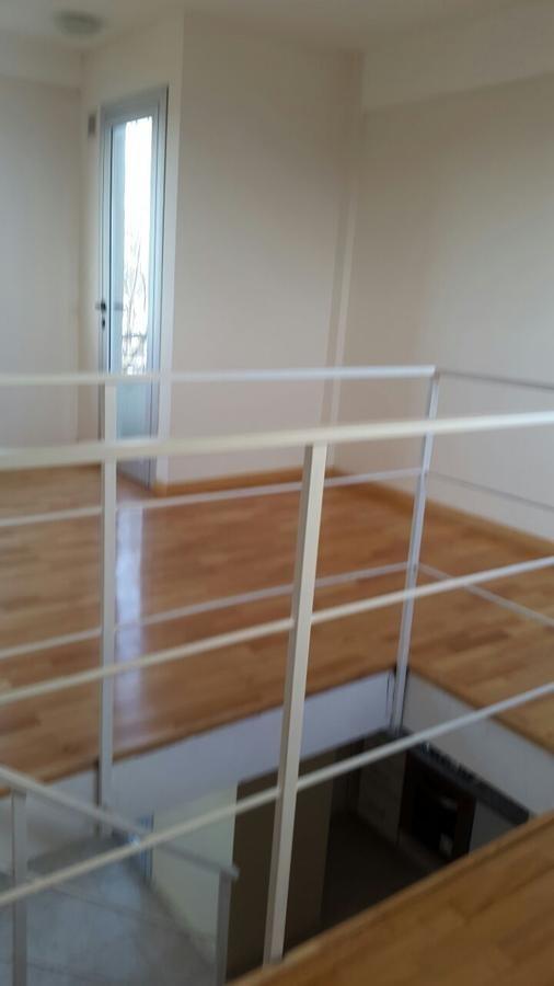 duplex 2 dorm, 2 baños y 88 mts 2-la plata