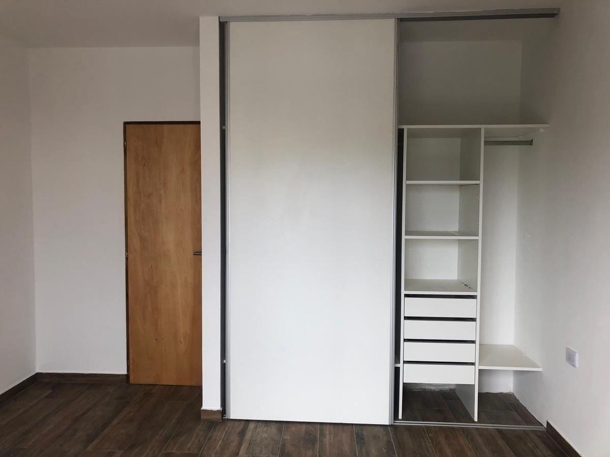 duplex 2 dorm -2 cocheras -estrenar - la plata