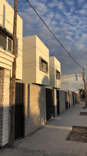 duplex 2 dorm - patio - cochera - 16 e 528 y 529