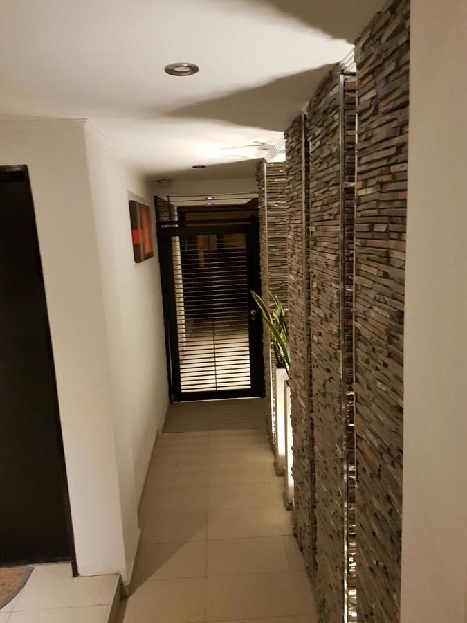 dúplex  2 dormitorios con cochera - los hornos