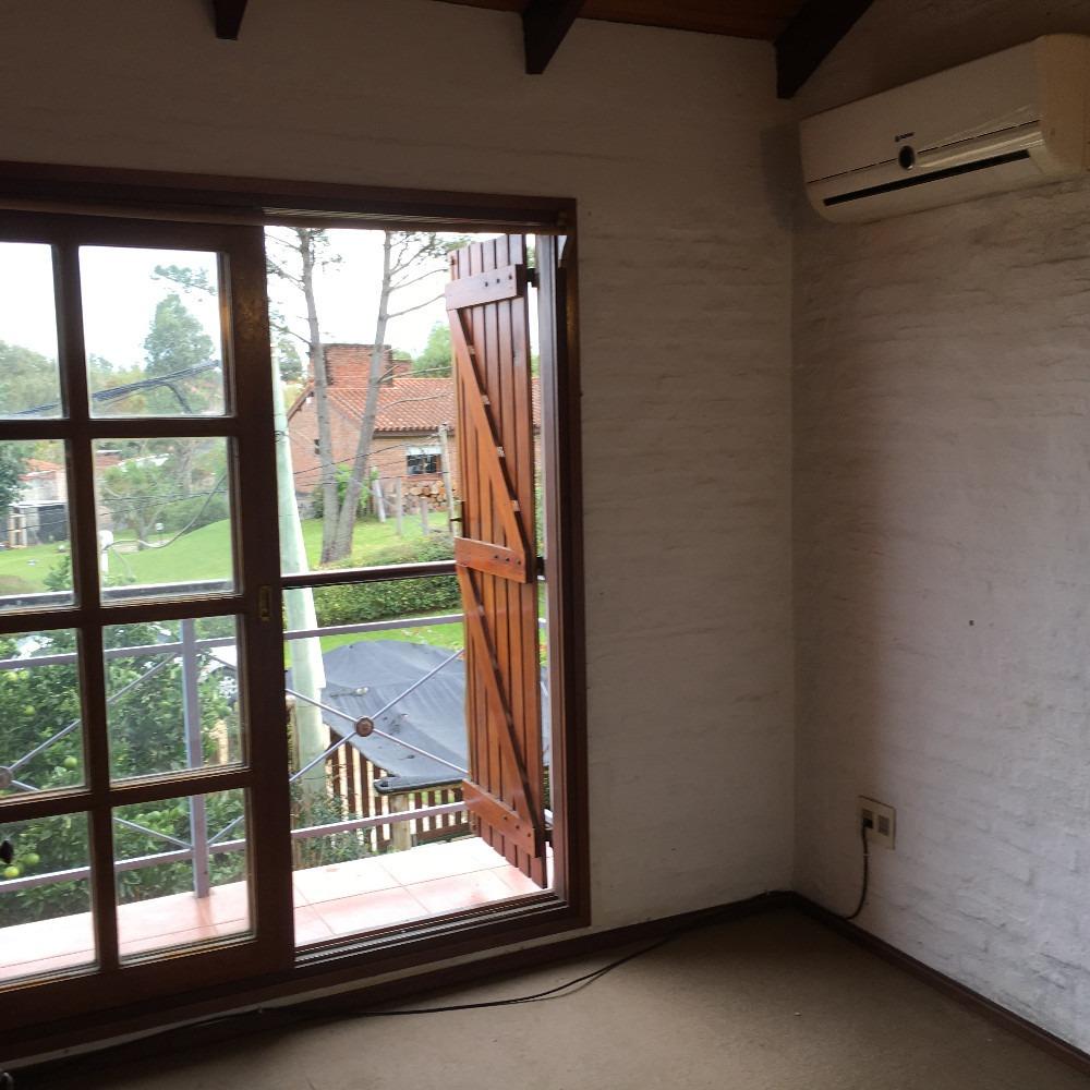 duplex 2 dormitorios, con parrillero techado, atlantida