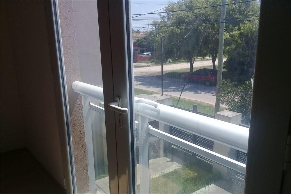 duplex 3 amb tipo casa con entrada auto