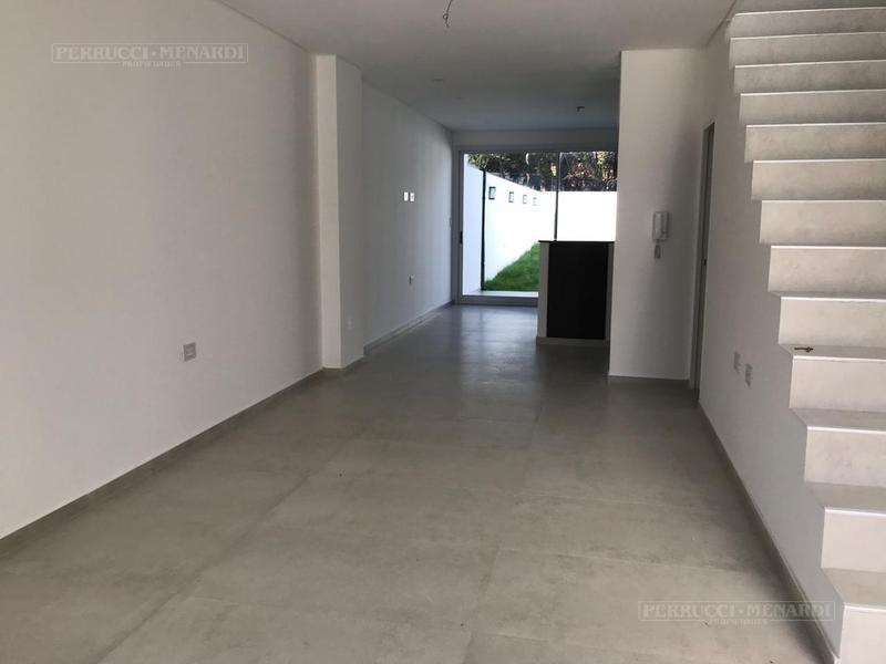 duplex 3 ambientes a estrenar en villa ballester!