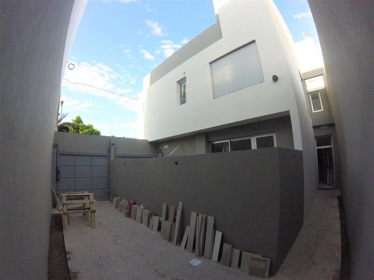 duplex 3 ambientes con cochera de categoria // alsina 815