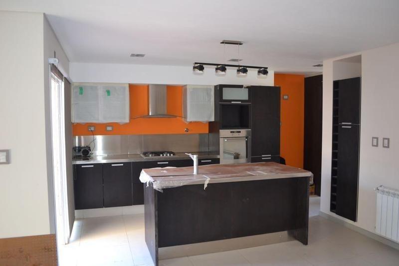 duplex 3 dormitorios en venta b° huilliches