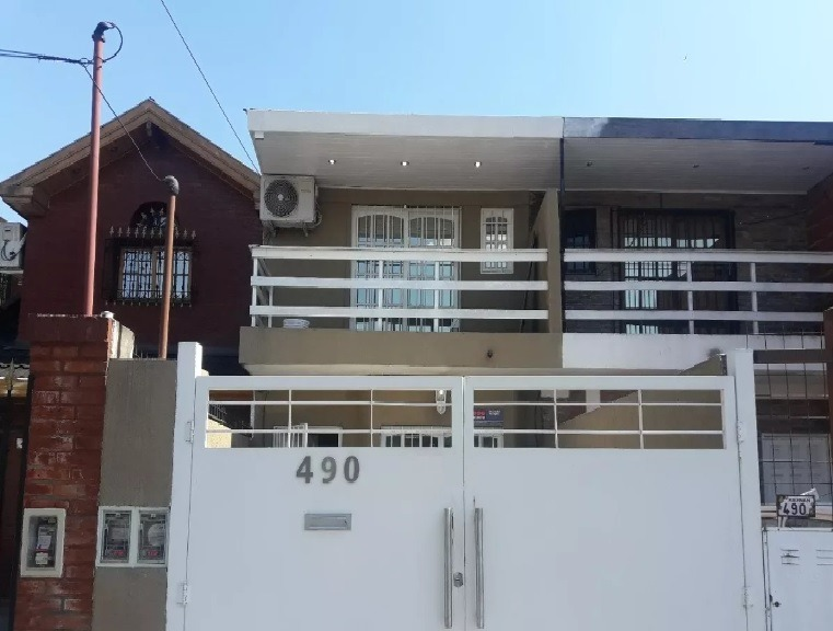 duplex 4 amb excelente ubicacion!!!!!!!!!!!!!!!!!!