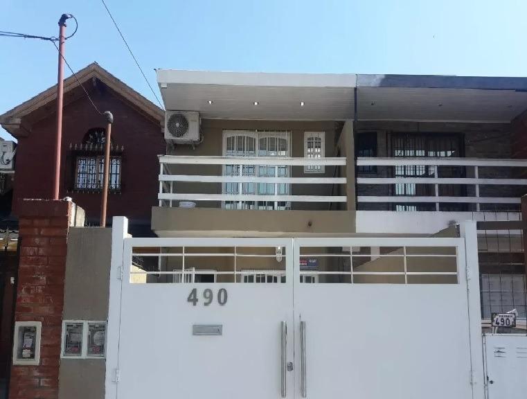 duplex 4 amb oportunidad barato en dolares!!!!!!!!!!!!!!!!!!