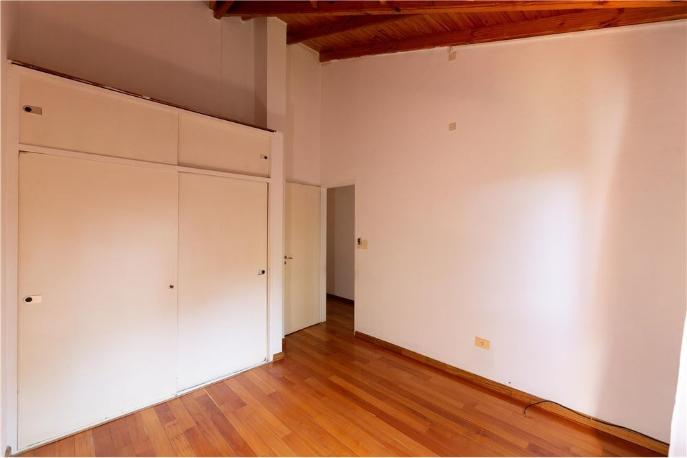 duplex 4 ambientes a la venta en beccar