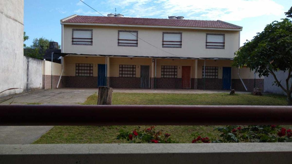 duplex a 3 cuadras del mar - calle 94 n° 354
