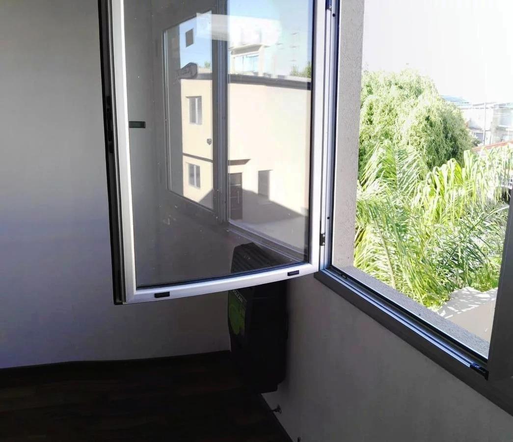 dúplex a estrenar- 2 habitaciones y cochera - 142 e/ 50 y 52
