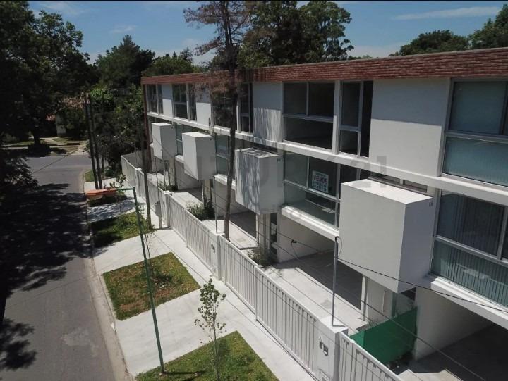 duplex a la venta 21d y 462 city bell