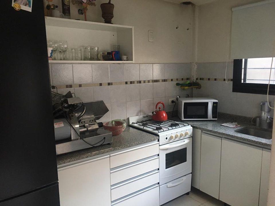 duplex al contra-frente 2 dormitorios, 2 baños y cochera descubierta-90 mts 2  - los hornos