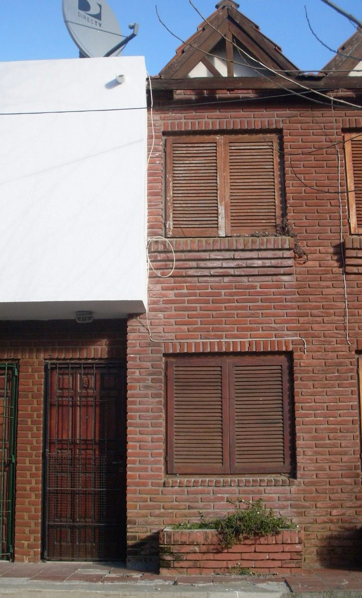 dúplex al frente - 69 esquina 3 uf.4