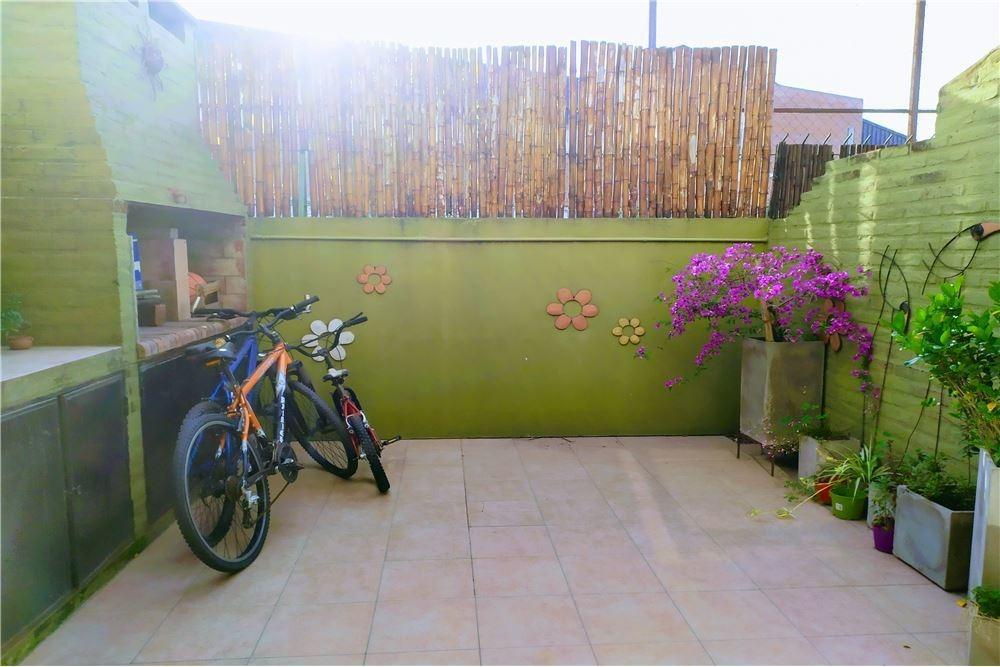duplex barrio pinar de tigre coch amenities