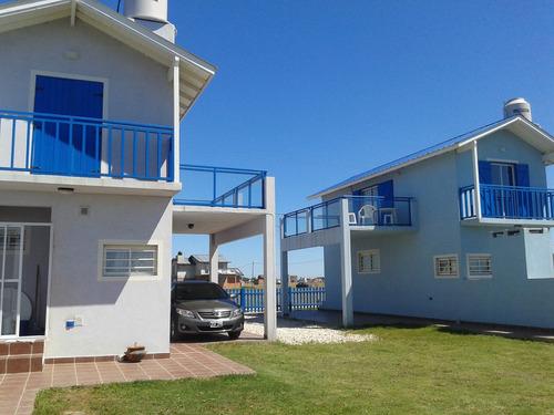 duplex, casa, cabaña, parilla, cochera,terraza al mar.