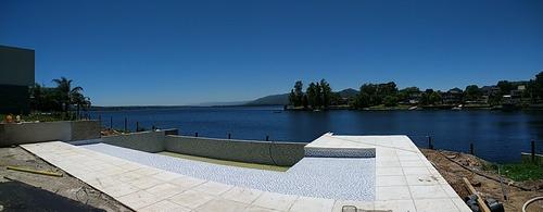 duplex categoría sobre lago - 3 dor 2 bañ - pileta - quincho